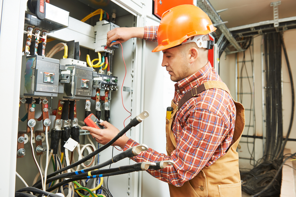 Why You Should Consider A Career in The Electrical Industry